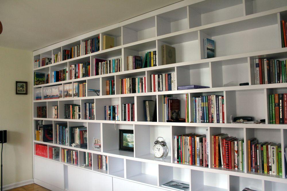 Regał na książki na wymiar
